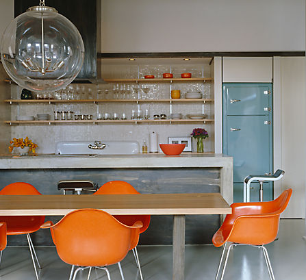 one_kings_lane_kitchens_modern_dining_tulip_chairs?$LLH_Slideshow_h409$