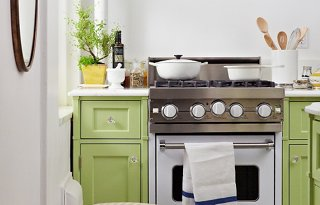 Great Step Inside The Perfect Petite Kitchen
