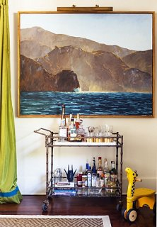A Fully Stocked Bar Cart (who Doesnu0027t Love A Portable Party?)