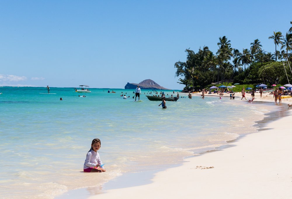 Though every last beach is a babe on Oahu, Caitlin and Nicolewere particularly sweet on Lanikai with its emerald waters and pair of offshore islets you can paddle-board to.
