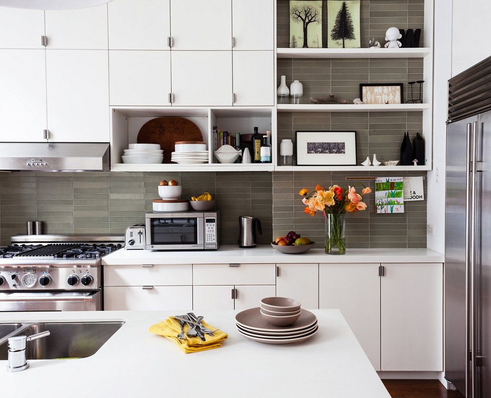 kitchen cabinets with open shelves 10 gorgeous takes on open shelving in kitchens 21438
