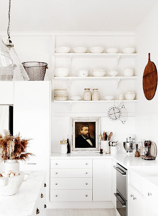 kitchen open shelves design. Photo by Kara Rosenlund 10 Gorgeous Takes on Open Shelving in Kitchens