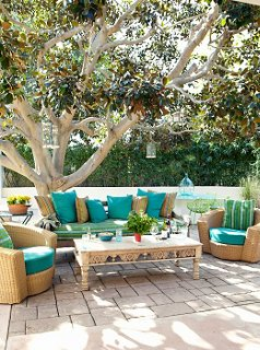 7 to die for ideas for outdoor spaces one kings lane rh onekingslane com One Kings Lane Furniture Collection Lane Furniture Sofas