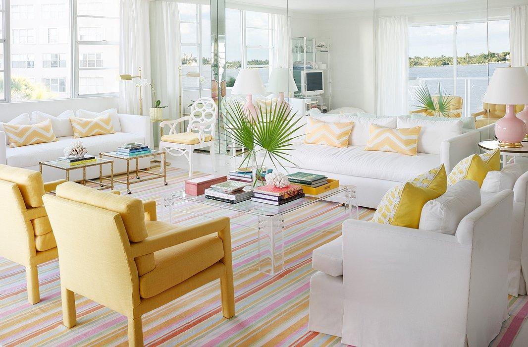 Palm beach decor for Beach style home designs