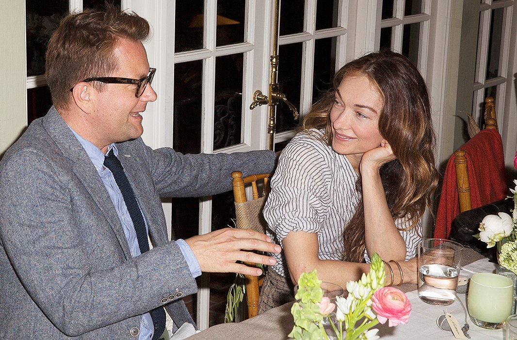 Interior decorator Nathan Turner and style icon Kelly Wearstler catch up postmeal at Susan's table.