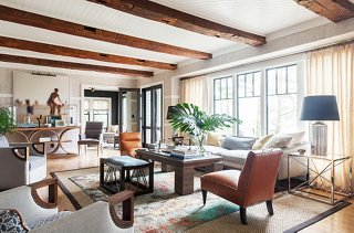 Tour the chic modern lake house of designer thom filicia for Lake house photos gallery