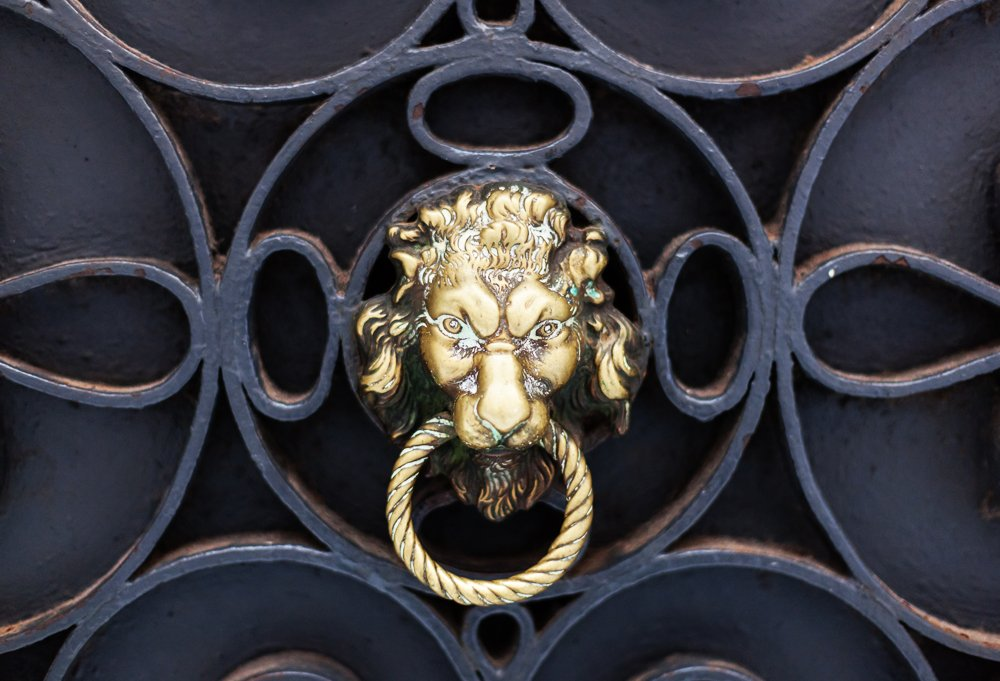 Venice's decorative door-knocker game is on point. The One Kings Lane crew scooped some up straight from the source, thinking they might make great hand-towel hangers too.