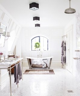 Ideas For White Bathrooms Part - 42: Photo By Lonny.com