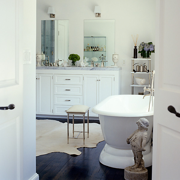 White Bathrooms Can Be Interesting Too: Decorating Ideas For White Bathrooms