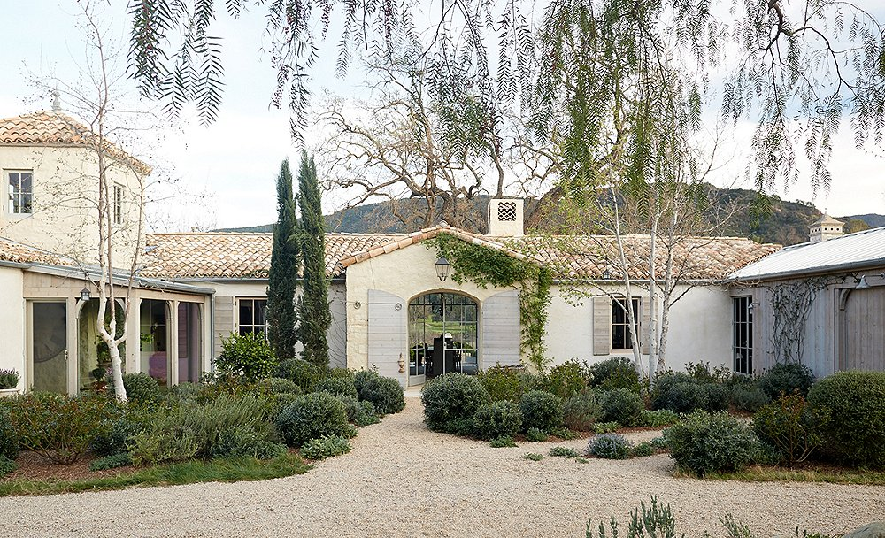 Inside a Sprawling Ojai Oasis with Flawless Design
