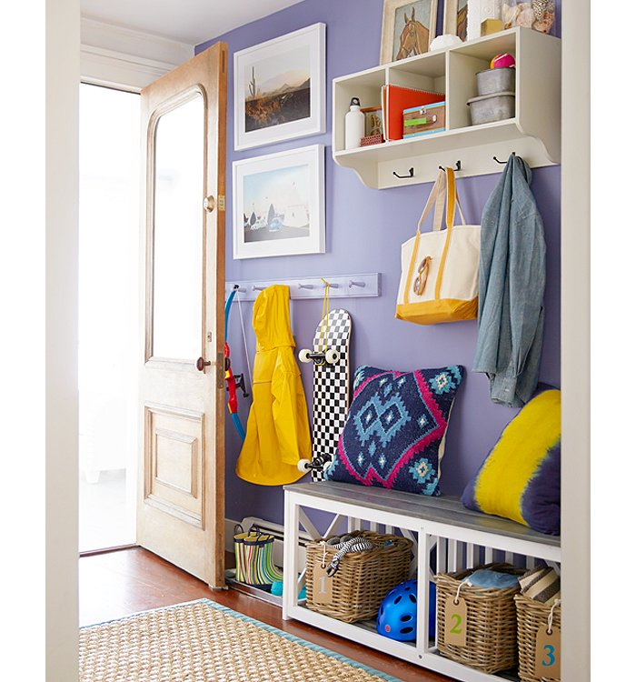 10 tips for how to decorate a mudroom for How to decorate