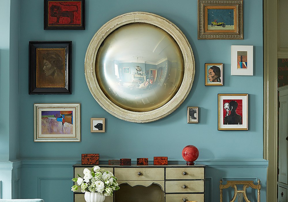 Trend Spotted: Round Mirrors