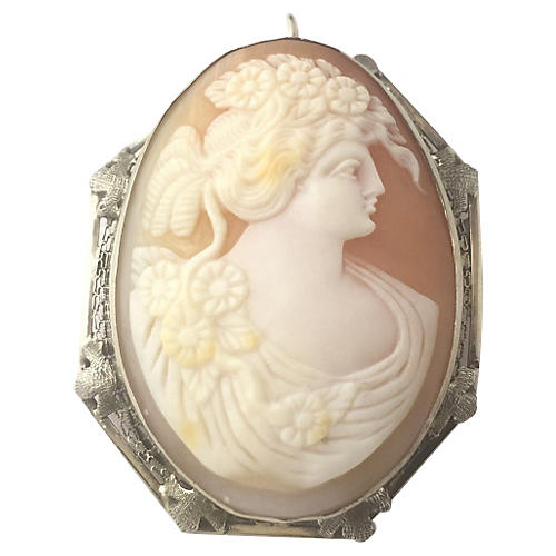 Shell Cameo of Woman in Gold Brooch