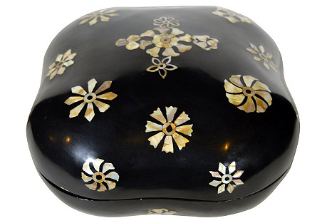 Chinese Mother-of-Pearl Jewelry Box