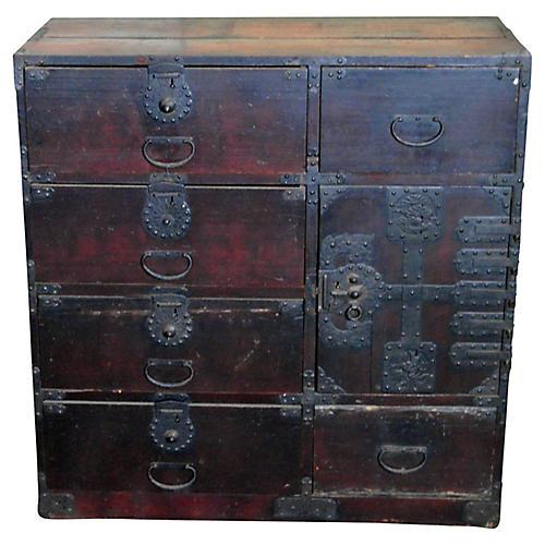 Merchant's Dresser