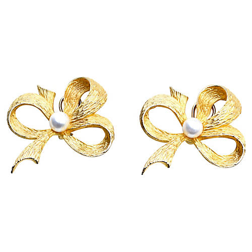 Yosca Oversize Bow Earrings