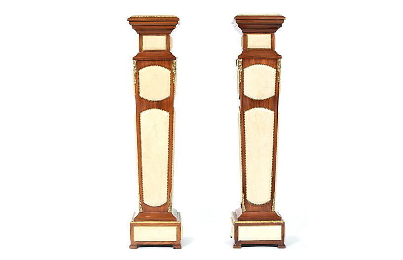 Wood / Faux Marble Panels Pedestal Tabl