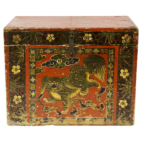 Asian-Style Lacquered Foo Dog Trunk