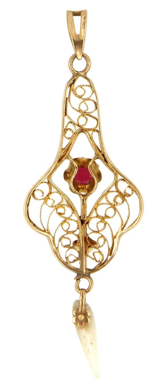 Victorian Gold Lavalier