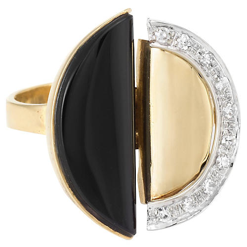 1970s Onyx & Diamond Ring