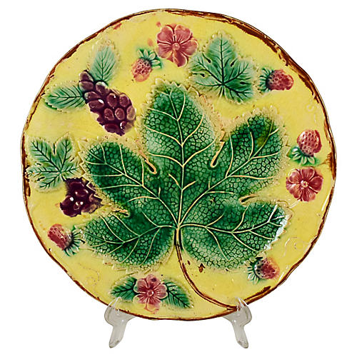 Majolica Yellow Grape Leaf Plate