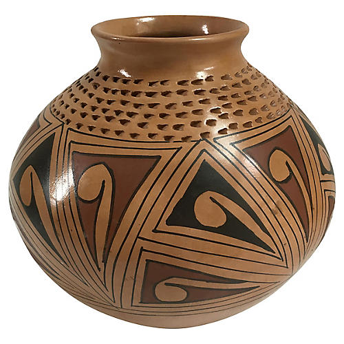Mata Ortiz Vase