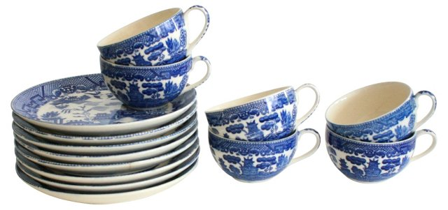 1960s Blue Willow Plates & Cups, 13 Pcs