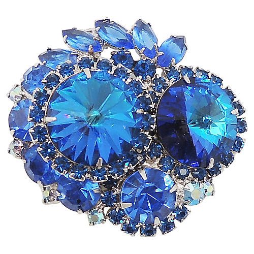 1960s D&E Blue Rivoli Rhinestone Brooch