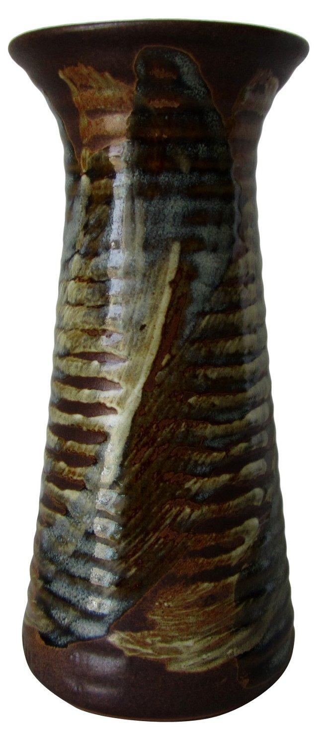 Pottery Craft Ribbed Vase