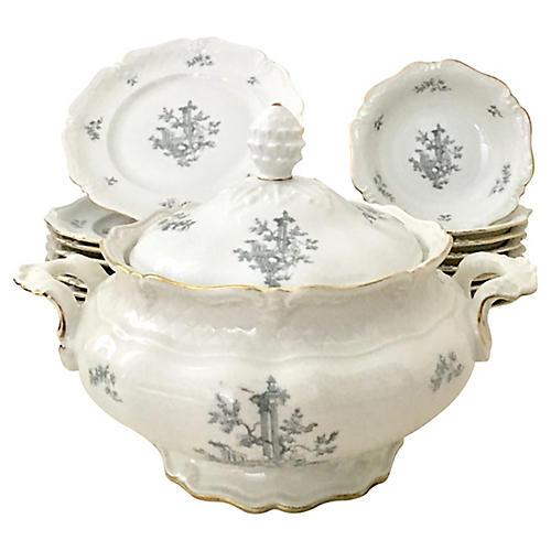 German Le Reine Porcelain Set, 26 Pcs