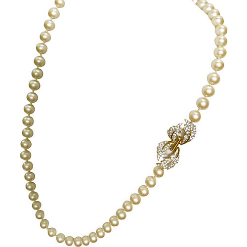 Givenchy Deco Revival Pearl Necklace
