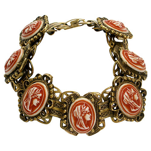 1940s Carved Cameo Gold Bracelet