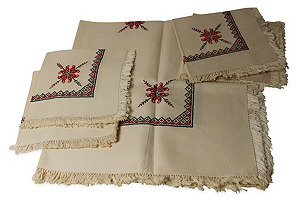 Embroidered Tablecloth w/ 4 Napkins
