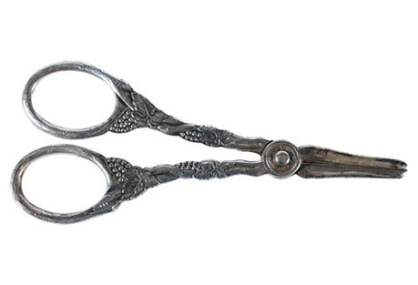 Prima Plate of Sweden Grape Scissors