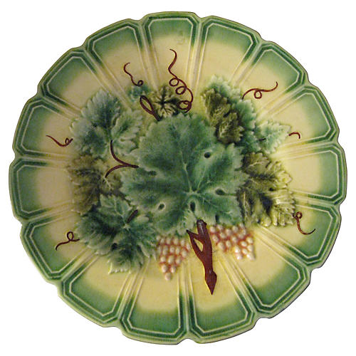 19th-C. Grapevine Fluted Wall Plate