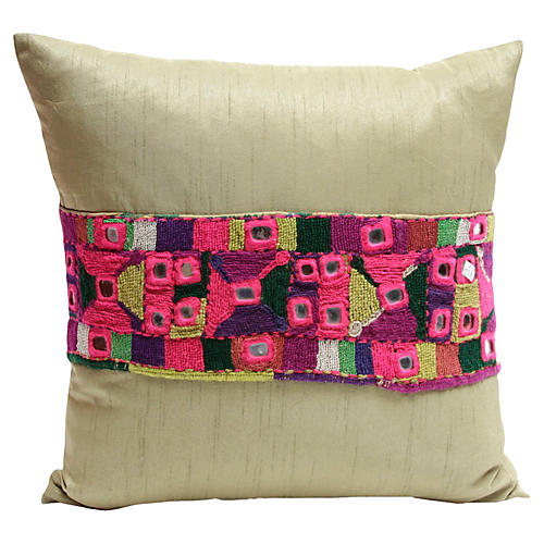 Fuchsia Champagne Kutch Pillow