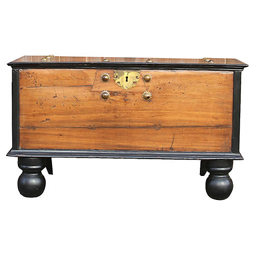 Exceptional Indo Dutch Satinwood Coffer