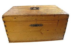 Antique    Filing Box