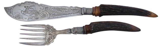 Staghorn & Engraved Fish Servers, 2 Pcs