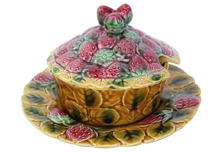 French Majolica Strawberry Dish