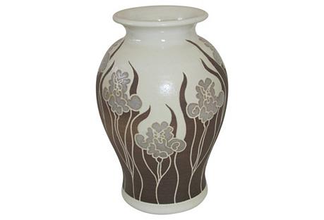 Walet Ko Vase