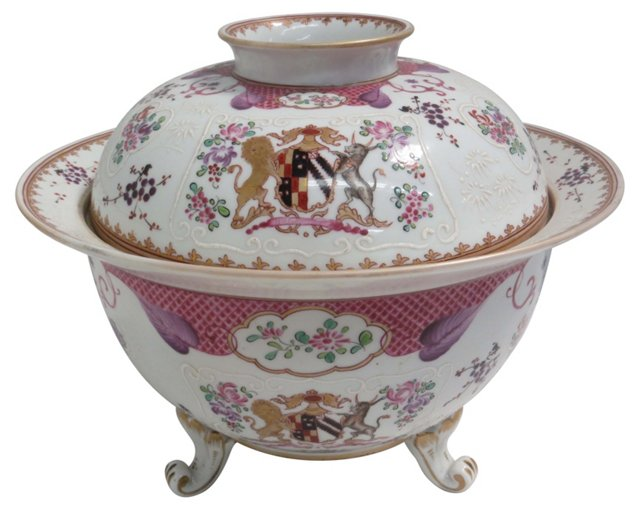 Chinese Export Armorial Covered Bowl
