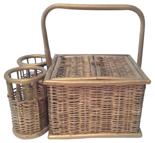 Picnic  Basket w/ Bottles Holders