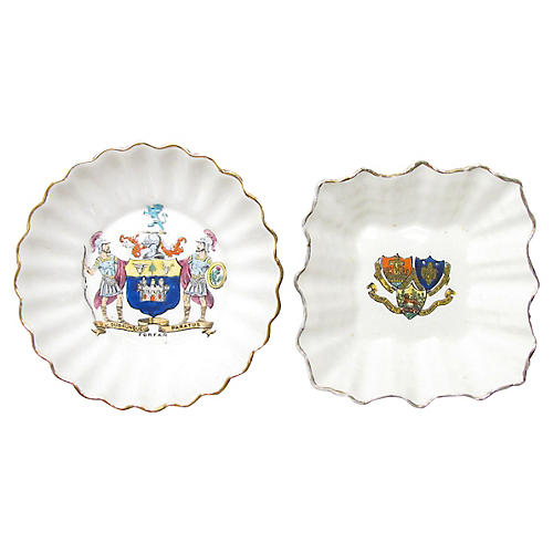 English Heraldry Dishes, S/2