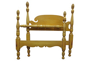 Four-Poster Pineapple Finial Bed