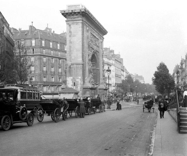 Porte Saint-Denis, C. 1909