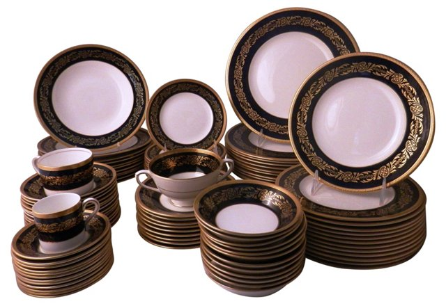 English Complete Dinnerware, Svc. for 12