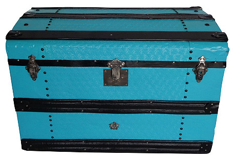 Antique Curve Top Trunk in Turquoise