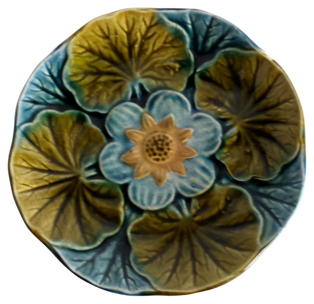 Majolica Water Lily Wall   Plate