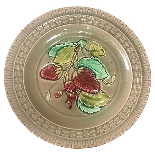 Majolica Strawberry Plate